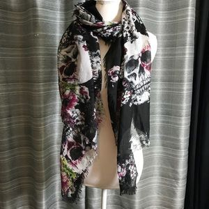 Skull and floral lightweight scarf